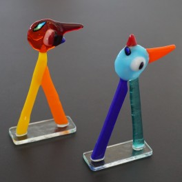 502. Tip og Top fantasifigurer. 2 stk. 11 cm. Rødt og turkis hoved.